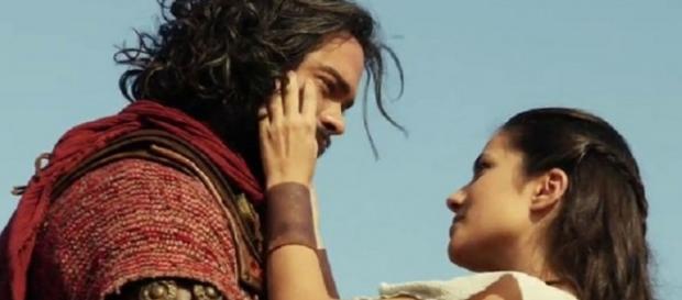 Josué e Aruna morrem no último capítulo de 'A Terra Prometida' (Foto: Reprodução)