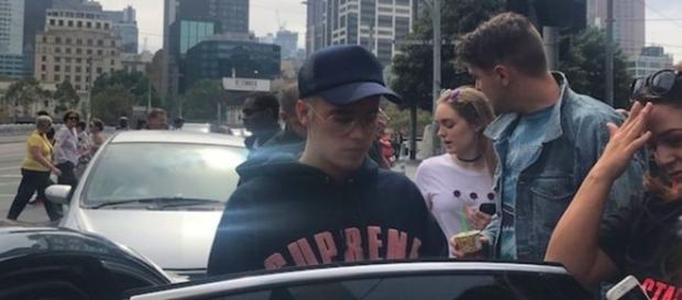 Justin Bieber humilha seus fãs que queriam tirar uma foto com o astro teen.