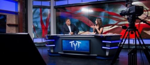 Cenk Uygur and Ana Kasparian, on the set of The Young Turks / tytvault, Flickr CC BY-SA 2.0