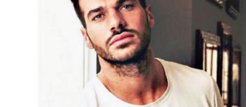 Claudio Sona su instagram replica alle accusa di un utente