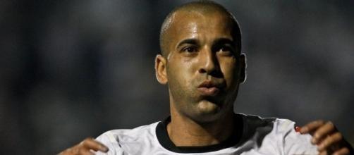 Emerson Sheik diz que torce pelo Flamengo, mas Edmundo nega