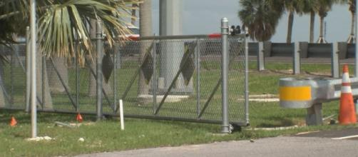 Gates installed along Courtney Campbell Causeway to curb street ... - wfla.com