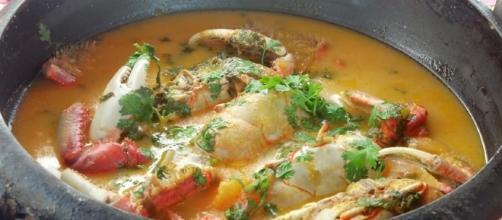 veja como preparar um delicioso caranguejo com pirão