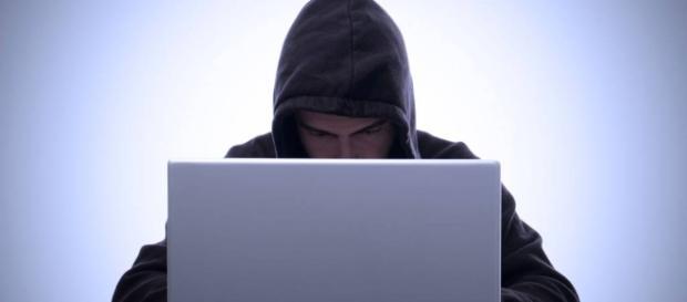 Conheça os principais golpes cometidos na internet