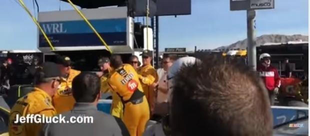 Vídeo registrou momento em que Busch partiu para a briga