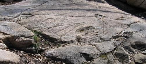 """El misterioso """"barco"""" de la roca de Agua dos Cebros"""