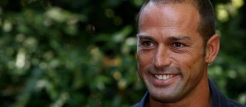 Isola, Stefano Bettarini risponde a Striscia La Notizia