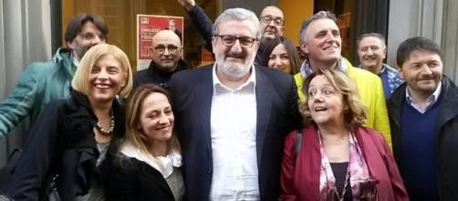 Sveva Nardella insieme a Michele Emiliano all'inaugurazione del comitato elettorale fiorentino