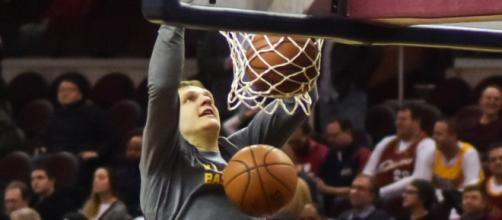 Timofey Mozgov, Photo credit: Erik Drost