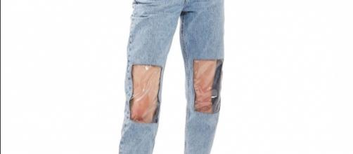 What's Going on With These Clear Knee Mom Jeans - nymag.com
