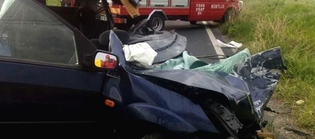Do acidente resultaram ainda dois feridos graves que viajavam no mesmo automóvel