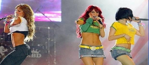 Ex-RBD demonstra sentir nojo de seus fãs