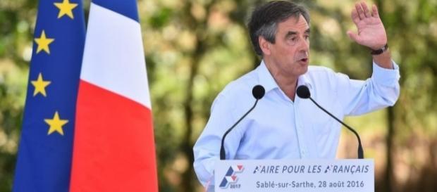 """""""Qui imagine le Général de Gaulle mis en examen"""", dixit Fillon"""