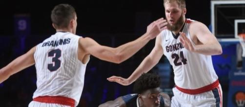 Both Gonzaga basketball teams dealing with key injuries | The ... - spokesman.com