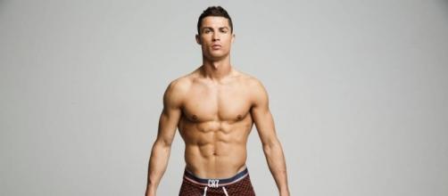 Cristiano Ronaldo diventerà papà di due gemelli?