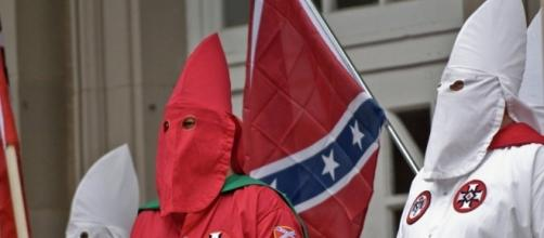 KKK Gets 'OK' for Cross Burning, Confederate Flag Rally in South ... - sputniknews.com
