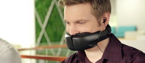 Primeira máscara de voz do mundo para telefones celulares