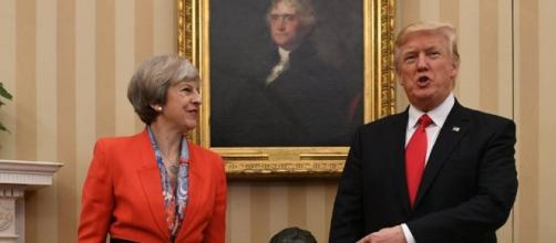 Theresa May in US for President Trump talks - BBC News - bbc.com