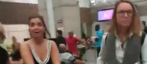 Una usuaria de Instagram fan de Blumettra hizo un directo en el que pudo verse la llegada de la italiana a Brasil