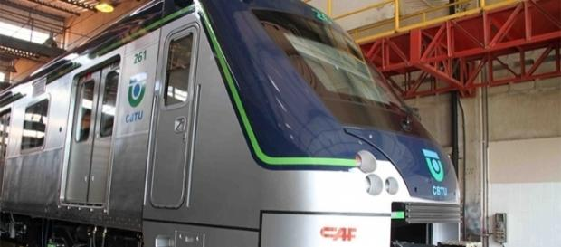 Metroviários de Belo Horizonte também realizam greve contra propostas de reformas de Temer.