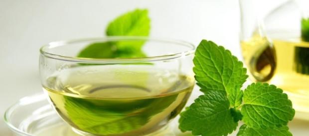 Os 10 Benefícios do Chá de Hortelã Para Saúde | Dicas de Saúde - com.br