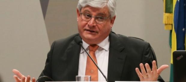 Procurador-geral da República, Rodrigo Janot, apresenta lista de investigados na Operação Lava-Jato
