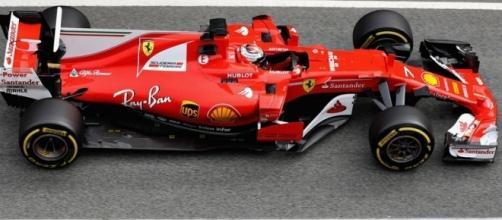 Kimi Raikkonen in azione durante i test nel circuito del Montmelò