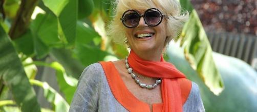 Loretta Goggi - liberoquotidiano.it