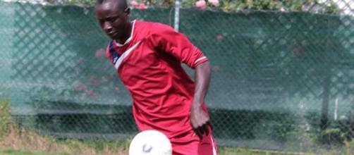 Mbaye Moundiaye in un'azione di gioco