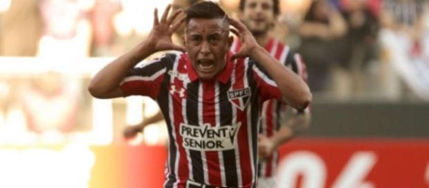 Cueva fez o gol Tricolor nesta quarta-feira