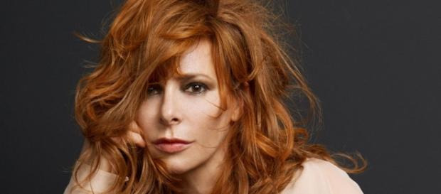 Mylène Farmer quitte Polydor Universal Music pour Sony Music ... - mylene.net