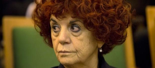 Scuola, annunciato il piano assunzioni docenti di Valeria Fedeli.