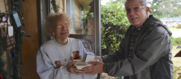 Volunteers make Meals on Wheels People possible   The Columbian - columbian.com