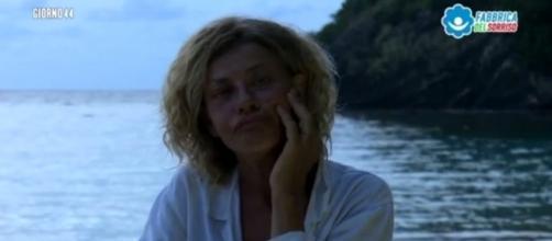 """Isola, Eva Grimaldi piange: """"Pensavo che Samantha fosse un'amica e ... - today.it"""