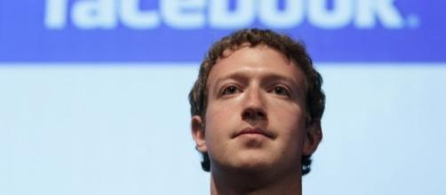 Mark Zuckerberg - Clases de Periodismo - clasesdeperiodismo.com