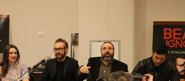 Beata Ignoranza: Marco Giallini e Alessandro Gassmann presentano ... - talkymovie.it