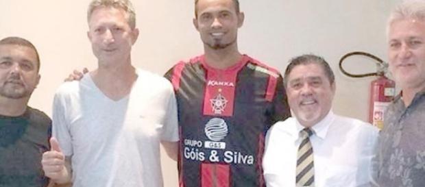 Bruno retorna ao futebol profissional