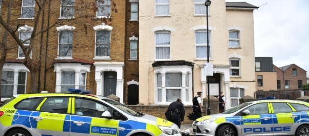 Crimă cutremurătoare într-o familie româno-indiană din UK. Tatăl indian și-a ucis unul dintre copii