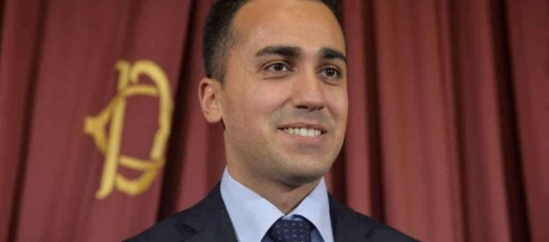 Luigi Di Maio candidato premier per il governo M5S