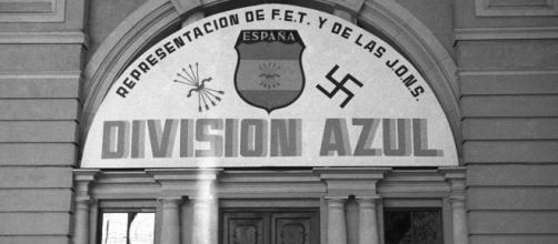 Ingresso di una sede della 'Division Azul'