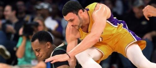 Los Angeles Lakers - Milwaukee Bucks, Photo credit: Spectrum SportsNet (@SpectrumSN) Twitter