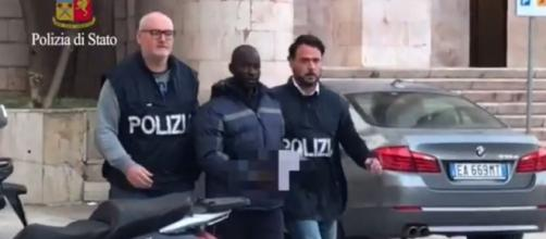 Migranti: torture e stupri in Libia, arrestato ghanese ad ... - grandangoloagrigento.it