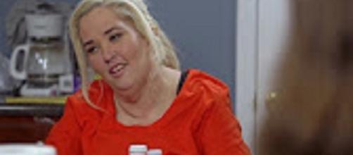 Source: Youtube WEtv. Jennifer Lamb stuffs Honey Boo Boo full of sweets to spite Mama June on weight loss