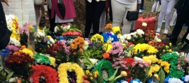 Quamari's wreath at Paddington Old Cemetry where he was laid to rest.