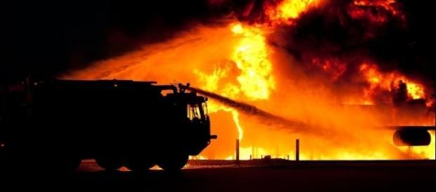 Un violento incendio ha distrutto un noto lido salentino - foto pixabay.com (CC0 Public Domain)