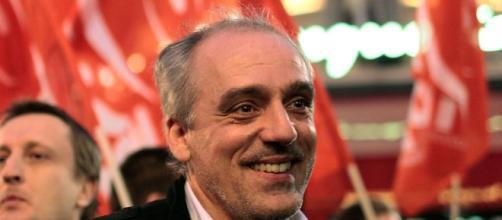 Philippe Poutou même les maires de gauche ne l'ont pas adoubé parismatch.com