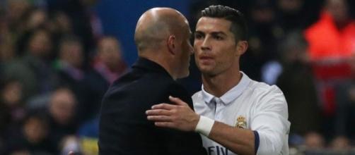 Real Madrid: Zidane répond à la polémique CR7!