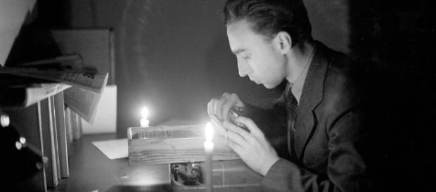 AP newsman who flashed Nazi surrender, dies at 101 - tribtown.com