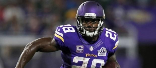 Could The Green Bay Packers Pursue Adrian Peterson? - inquisitr.com