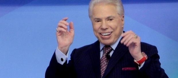 O apresentador Silvio Santos em seu programa neste domingo (19)
